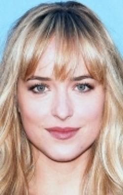 В главной роли Актриса Дакота Джонсон, фильмографию смотреть онлайн.