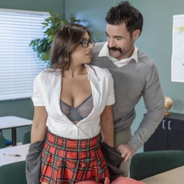 Ella Knox - My Professor Thinks Im Perfect (2018) HD 1080p